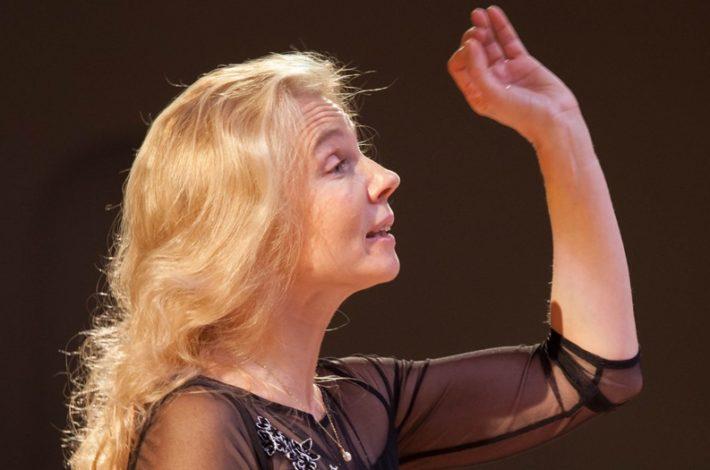 Ruska dirigentka Nadežda Averina v Mariboru